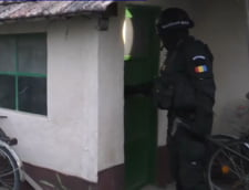 Femeia acuzata de propaganda terorista a fost retinuta de procurorii DIICOT din Timisoara