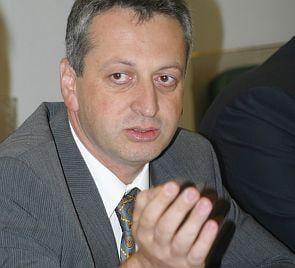 Fenechiu: Boc plagiaza masurile liberale anticriza