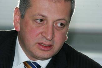 Fenechiu isi da demisia, Ponta preia interimatul la Transporturi