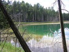 Fenomene extreme: Lacurile care ucid in somn