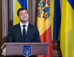 """Fenomenul Volodimir Zelenski continua in Ucraina: 75% dintre deputatii care vor fi alesi duminica ar putea sa fie """"novici"""""""