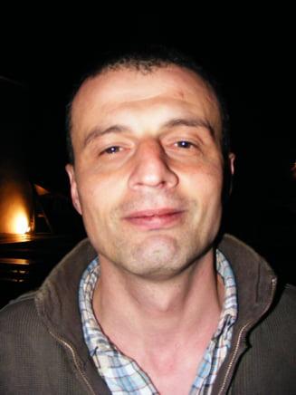Ferentariul lui Adrian Schiop, scriitorul care isi face doctoratul in manele