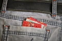 Fereste-te de economiile in franci elvetieni. Vei avea o surpriza foarte neplacuta
