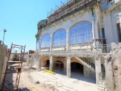 Ferestrele Cazinoului din Constanta din sala restaurantului dinspre mare vor arata ca in 1910