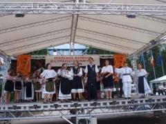 Festivalul Cantecului si Dansului Codrenesc, la Cehu