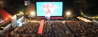 Festivalul de Film de la Sarajevo nu se va mai tine in aer liber. Competitia in care sunt inscrise sapte productii romanesti va putea fi urmarita online pana pe 21 august