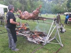 Festivalul de la Gilau: festin culinar intr-un castel in ruina FOTO