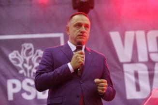 """Fifor il lauda pe Ciolacu si spune ca nu se poate supara pe Teodorovici, care l-a numit """"sobolan"""": E modul lui de a face politica"""