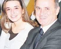 Fiica lui Copos ia locul tatalui sau la conducerea firmei care detine hotelul Hilton