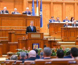 Filmul unei sedinte solemne... cu scantei: Huiduieli si aplauze, din cauza atacurilor lui Iohannis la PSD. Dragnea anunta ca ii da replica in curand