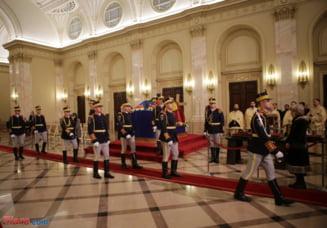 Filosoful Mihai Sora, primul care a intrat in Palatul Regal sa-i aduca omagiu regelui Mihai