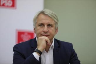 Finantele prezinta proiectul prin care Vama trece in subordinea directa a lui Teodorovici