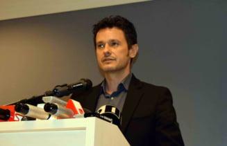 Firea, acuzata ca blocheaza proteste impotriva taxei de salubritate din Sectorul 4