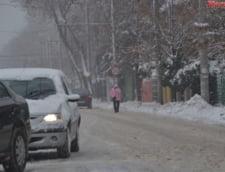 Firea a decis: Toate scolile din Bucuresti raman inchise toata saptamana. Cine nu are cu cine lasa copilul poate suna la Primarie!