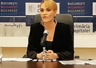 Firea cere sa se discute in CSAT despre poluarea din Bucuresti. A acuzat fara dovezi, a tipat la jurnalisti si a aratat poze cu animale moarte