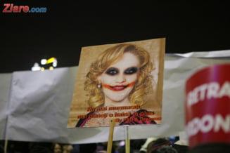 Firea sfideaza 95.000 de bucuresteni: 95% dintre cei care protesteaza nu au citit textul OUG