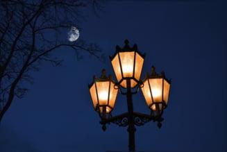 Firea vrea sa delege serviciul de iluminat public din Bucuresti unei companii municipale. Ce alte servicii au ajuns la companii