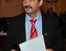 Firmele lui Viorel Arion (PD-L) au avut sute de contracte pe bani publici