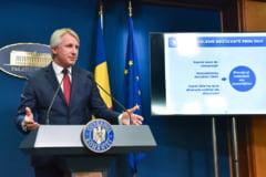 "Fitch confirma ratingul Romaniei la ""BBB minus"": Politica fiscala expansionista inceputa in 2016 a slabit finantele publice"
