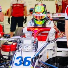Fiul lui Michael Schumacher a ratat podiumul la Spielberg dupa ce i-a pornit extinctorul in cockpit