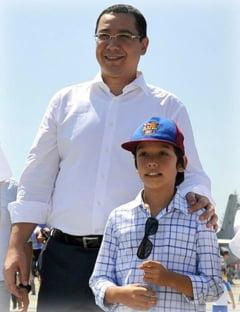 Fiul lui Ponta l-ar fi vrut spion: Sa-l trimit pe domnul Basescu sa vorbeasca cu baiatul meu? (Video)