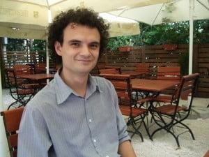 Fiul secretarului de stat din Ministerul Sanatatii va monta o piesa de teatru la Botosani
