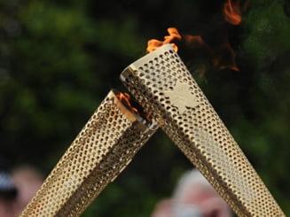 Flacara olimpica de la FOTE 2013 a strabatut Bucurestiul