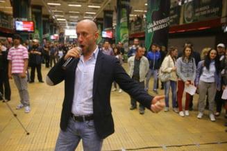 Flashmob pro vaccinare la metroul din Bucuresti
