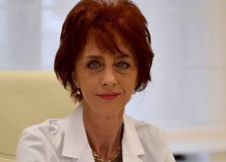 Flavia Grosan, medicul care a afirmat ca trateaza bolnavi de COVID-19 dupa scheme de tratament proprii, audiata la Colegiul Medicilor