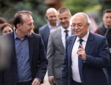 """Florin Citu, acuzat ca guverneaza dupa modelul PSD. """"Promoveaza acelasi model pagubos de crestere economica. Cand e luat la intrebari cere si el o alta intrebare"""""""