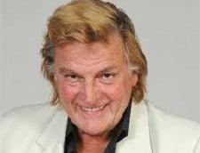Florin Piersic, la 77 de ani: Bucuria mea este ca sunt pe scena