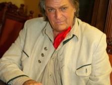 Florin Piersic face 80 de ani. Cadou oficial de la Chisinau si aniversare pe scena