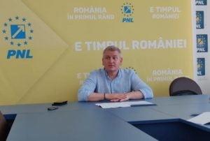 Florin Roman, deputat PNL: Baronii rosii ai PSD fruntasi la ajutoare sociale