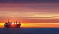 Flota comerciala a Romaniei, acum 20 de ani. Pregatiri pentru greva, pe navele companiei Navrom
