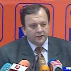 Flutur: Este posibila o noua discutie in PD-L pe Statut, in urma criticilor lui Basescu