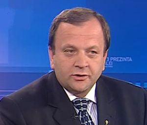 Flutur: Lui Geoana si Antonescu le e frica de Basescu
