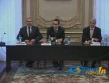 Flutur: PSD instiga populatia si trage de timp in Parlament