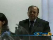 Flutur acuza PSD si PNL de hartuirea Guvernului Boc