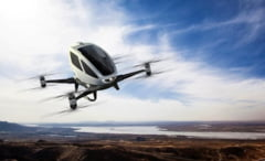 Foarte curand, oamenii vor chema de pe telefon taxiuri zburatoare autonome