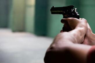 Focuri de arma in Maramures. Politistii au vrut sa prinda un barbat care nu a oprit la control
