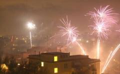 Focuri de artificii la iesirea din inchisoare a doi capi ai mafiei din Napoli