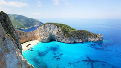 Formularul PLF si testul negativ COVID-19, cerut in continuare de Grecia pana la 30 septembrie