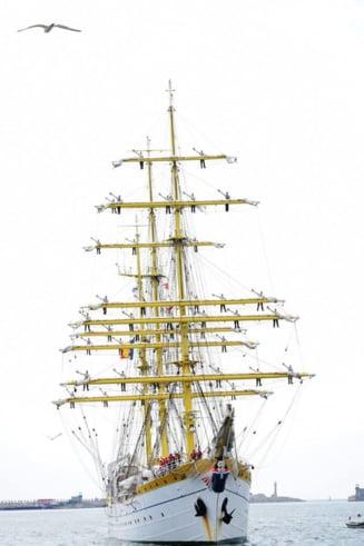 Fortele Navale fac o colecta publica pentru ca nava-scoala Mircea sa poata face un mars in jurul lumii