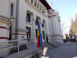 Fost inspector scolar de la Botosani condamnat la inchisoare pentru inselaciune si fals