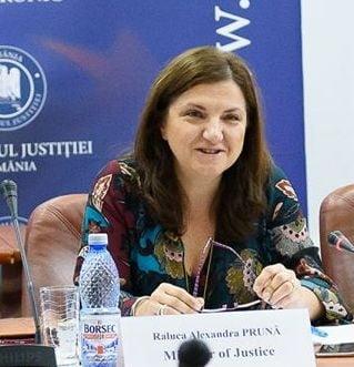 Fost ministru al Justitiei: MCV e un raport bun pentru cat de grava e situatia in Romania. Infectia a patruns in toata fibra statului!