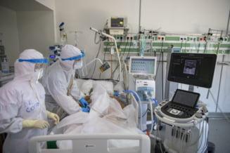"""Fost ministru al Sănătății avertizează că pandemia nu s-a încheiat. """"Urmează un alt val până vom fi toţi imunizaţi, măcar 70%"""""""