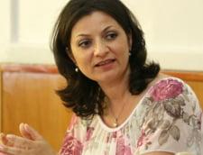 Fost secretar de stat in Educatie: Ministerul invita informal cadrele didactice sa ia spaga