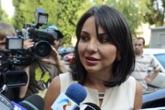 Fosta sefa AEP, Ana Maria Patru, achitata definitiv pentru acuzatiile de trafic de influenta si spalarea banilor