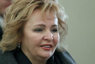 Fosta sotie a lui Putin s-ar putea retrage la manastire