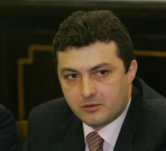 Fostii ministri Codrut Seres si Zsolt Nagy, condamnati la inchisoare cu executare